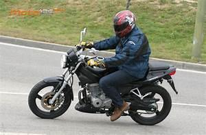 125 Daelim Roadwin : the daelim roadwin 125 a racing demon moto zombdrive com ~ Gottalentnigeria.com Avis de Voitures