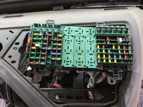 Volvo Vnl Fuse Diagram by 2009 Volvo Vnl Fuse Box For Sale Spencer Ia 24592271