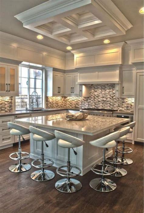 table carr馥 cuisine la cuisine avec ilot cuisine bien structurée et fonctionnelle archzine fr