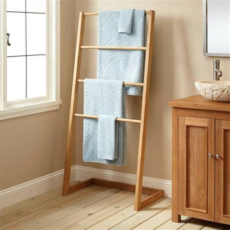 les 25 meilleures id 233 es concernant rangement de serviette de salle de bains sur