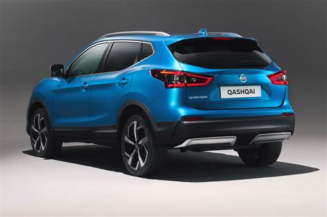 nissan qashqai nissan qashqai goes premium at geneva 2017 by car magazine