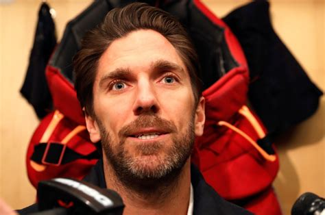 Henrik Lundqvist named finalist for NHL's King Clancy ...