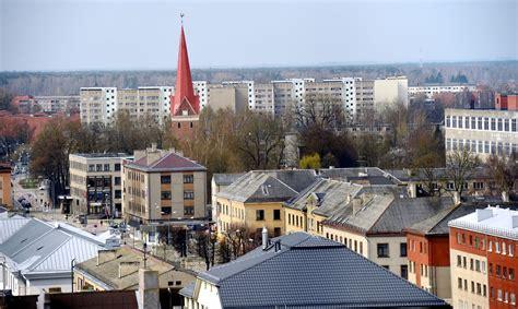 Slēgts franču restorāns Jelgavas Svētās Trīsvienības ...