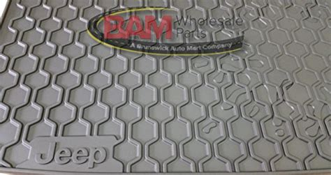Jeep Renegade Rear Cargo Tray Rubber Slush Mat Liner New