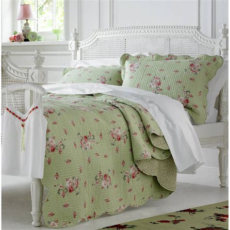 bedspreads and quilts green bedspreads and comforters home bedding