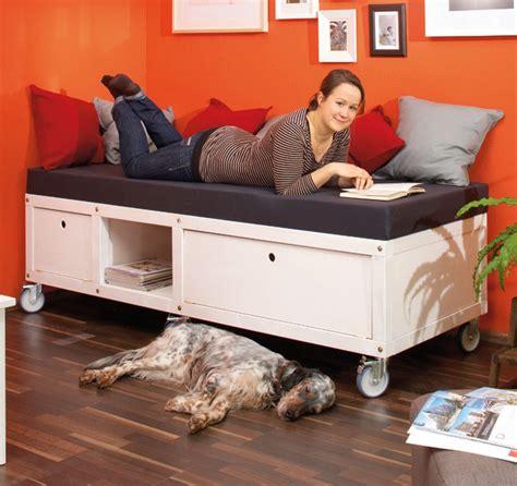 divani fai da te divano fai da te con ruote piroettanti progetto completo