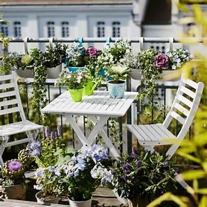 Gartenmöbel Für Kleinen Balkon : 1001 ideen zum thema stilvollen kleinen balkon gestalten ~ Sanjose-hotels-ca.com Haus und Dekorationen