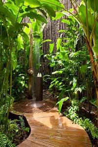 Plante Verte Salle De Bain : id e d coration salle de bain salle de bain exotique en dehors avec plantes vertes ~ Melissatoandfro.com Idées de Décoration
