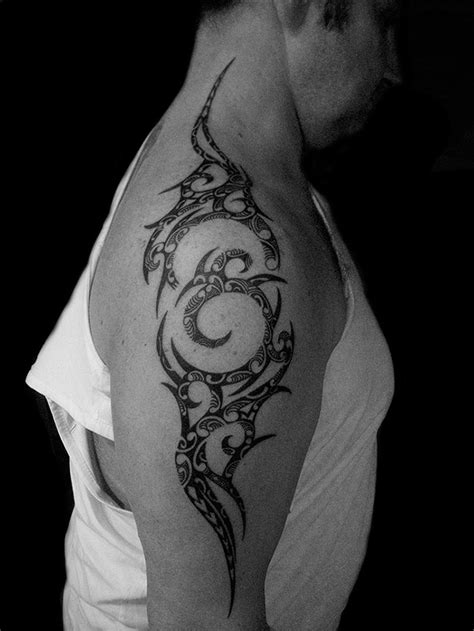 Tatouage Homme Phoenix Tribal Tattoo Art