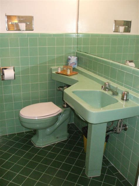 recycled kitchen sinks early to mid 20th century american toilets 1760