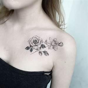 Tatouage Femme Epaule Discret : tatouage rose femme symboliques styles et tendances ~ Melissatoandfro.com Idées de Décoration