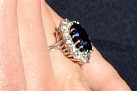 photos kate middleton s engagement ring