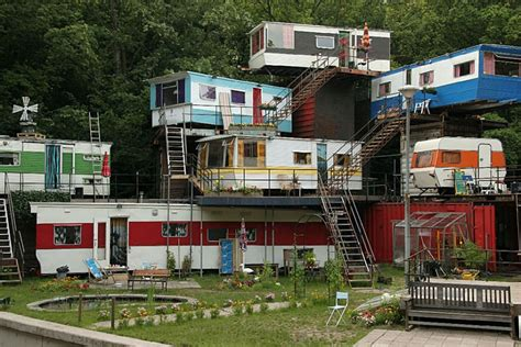 Living Room Theater Portland Parking by Social Climbers 7 Vertical Trailer Parks For Mobile