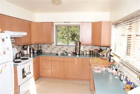 Kitchen Helper Vancouver by 2293 Gordon Avenue West Vancouver Bc Real Estate By