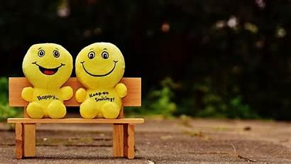 Happy Smiles Cheerful Smile 4k Background Bench