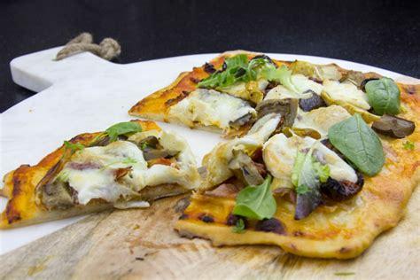comment reussir la pate a pizza comment r 233 ussir une excellente p 226 te 224 pizza maison les gourmantissimes
