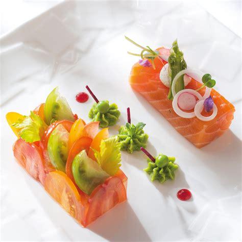 cuisine truite saumon bio cuit au sel fumé chantilly de petits pois à la menthe par gonzalo pineiro nos