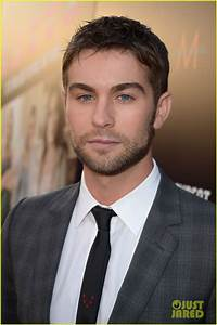 New Pics of Chace Crawford. Dude Cut his Hair. Went from 8 ...