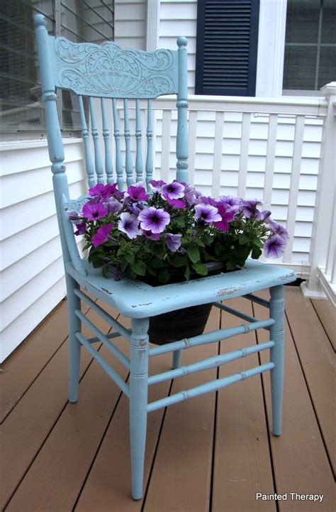 chaise exterieure painted therapy the chair planter