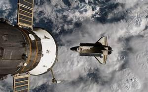 Space Shuttle Atlantis Wallpaper