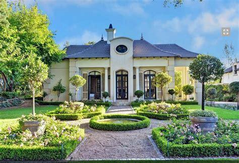 million mansion  sandton south africa homes