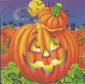 Halloween, Paper