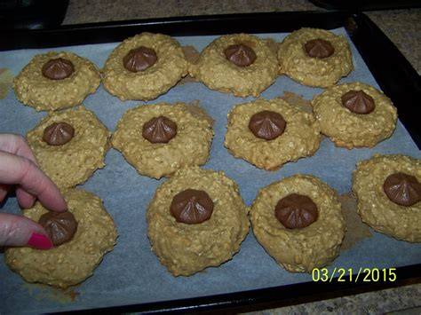 (2 sticks) butter, room temperature 1/2 c. FoodOhLicious: Chocolate 'STAR' Oatmeal Cookies(Diabetic ...