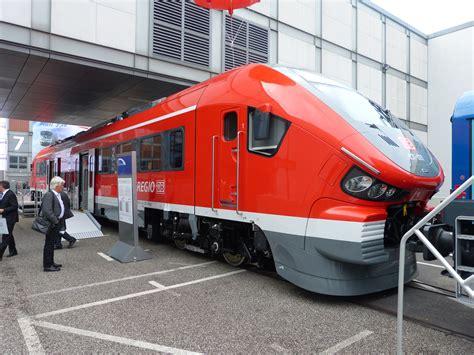 Diesel-/Verbrennungsmotor-Triebwagen Der DB AG