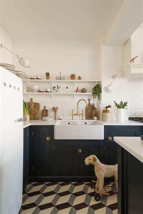 cool devol kitchen   stylish london home