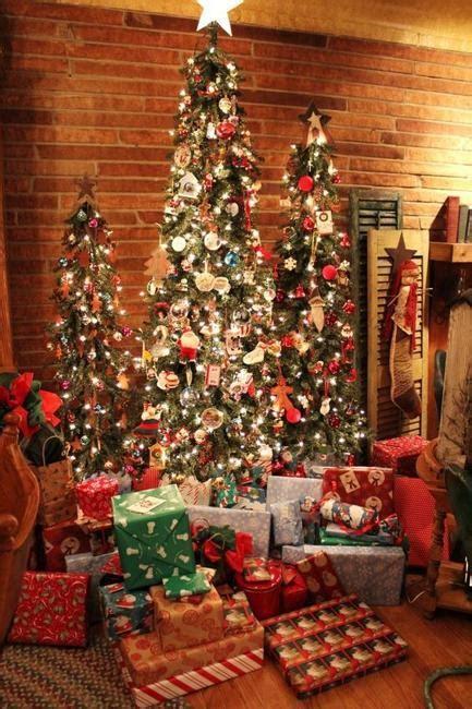 multiple holiday tree arrangements modern christmas decor