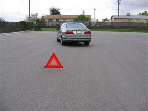 segnale mobile di pericolo segnale mobile di pericolo assicurazioni auto