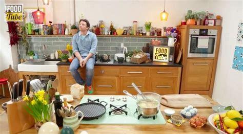 Jamie Oliver's Food Tube Kitchen   All Random   Pinterest