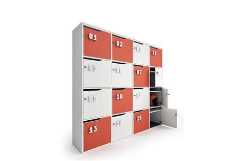armadietti con serratura lockers armadietti contenitori con serratura riganelli