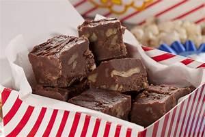 Fast Chocolate Pecan Fudge | MrFood.com