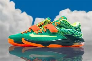 "Nike KD 7 ""Weatherman"" - Release Reminder - SneakerNews.com"