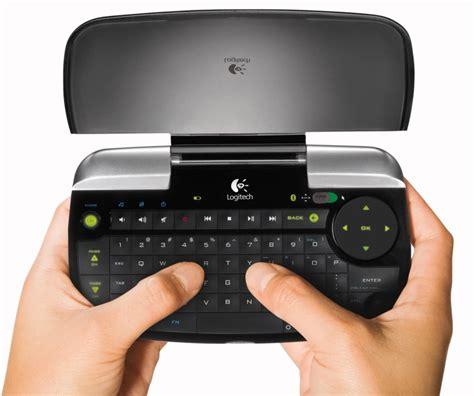logitech dinovo mini im test tastatur fuer fernseher und