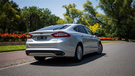 Ford Car : 2016 Ford Mondeo Trend Review