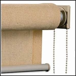Roll up plastic porch curtains curtains home design for How to make roll up curtains