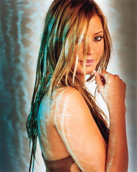 On Valance Holly Valance Photo Gallery Page 10 Celebs