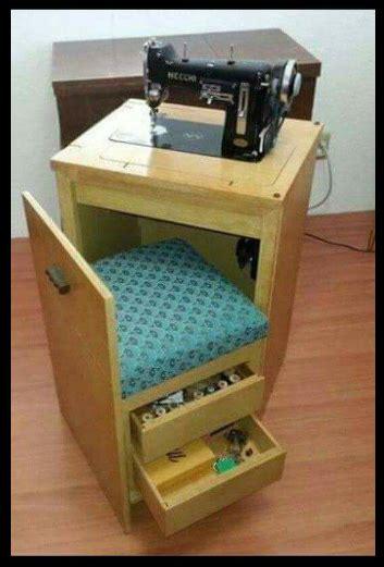 mesa  maquina de coser  silla integrada muebles