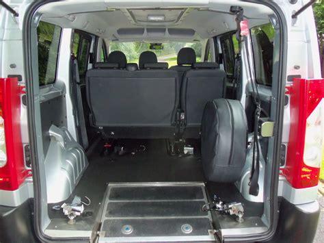 wheelchair accessible taxi eccles manchester wheelchair