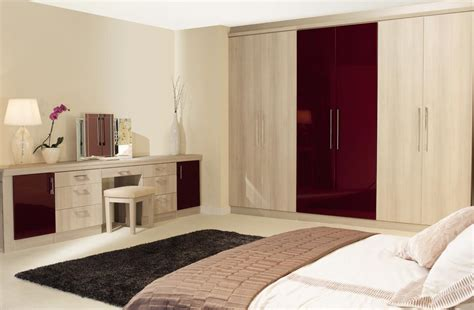 Wooden Bedroom Cupboards by Guide To Bespoke Fitted Bedroom Furniture Service In