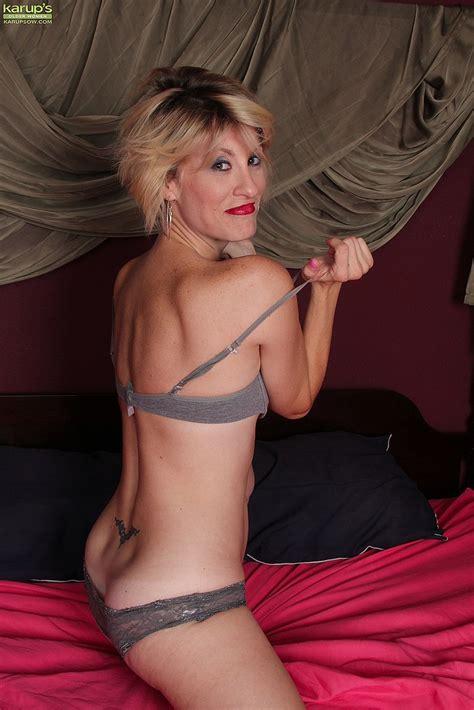 MILF Jayden Monroe Have Fun With Her Minge MILF Fox