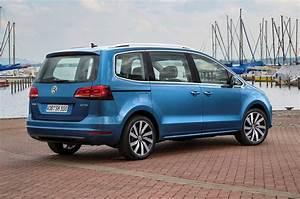 Volkswagen Sharan : volkswagen sharan estate 2010 photos parkers ~ Gottalentnigeria.com Avis de Voitures