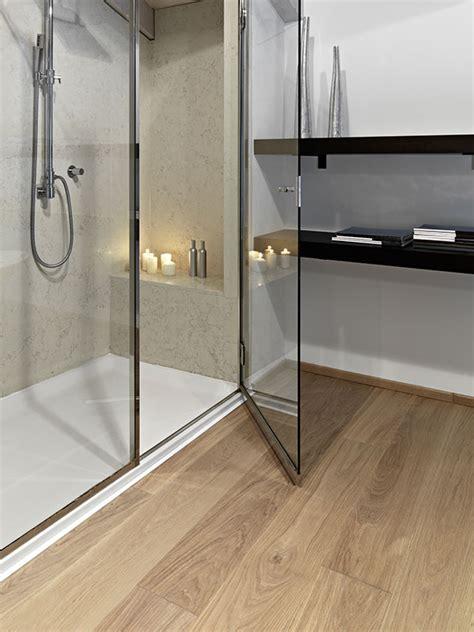 holzfußboden im bad pe fachmarkt ihr fachmarkt f 252 r raumgestaltung