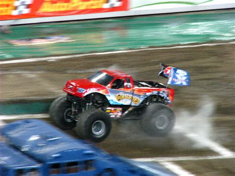 monster truck shows in florida monster jam raymond james stadium ta fl 015