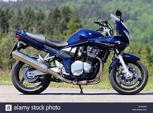 Suzuki Bandit 1200 S : motorbike suzuki bandit 1200s stock photo royalty free ~ Kayakingforconservation.com Haus und Dekorationen