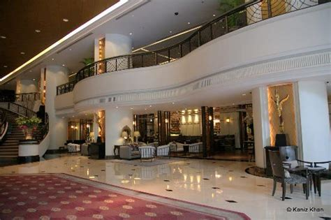 lobby picture of plaza athenee bangkok a royal meridien