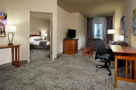 2 Bedroom Suite New Orleans by Staybridge Suites New Orleans Quarter Pet Policy