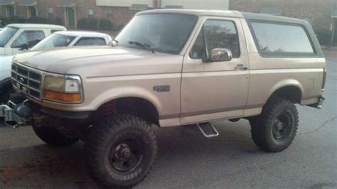 sell   bronco xl auto  mud terrain tires